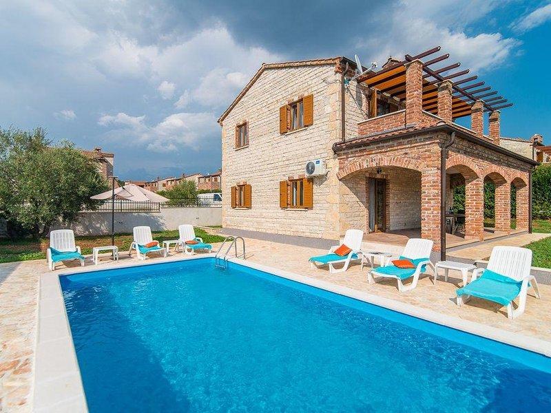Stone VILLA STELLA With Swimming Pool, location de vacances à Svetvincenat