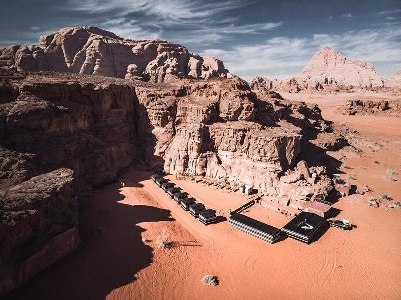 Wadi Rum Desert Lovers Camp, holiday rental in Al Aqabah Governorate