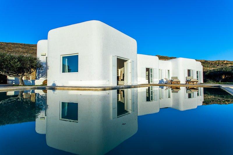 Zen Residence in Lia beach, holiday rental in Kalafatis