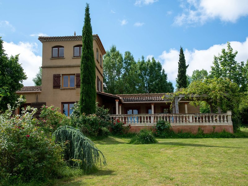 Les Ecuries, holiday rental in Magrie