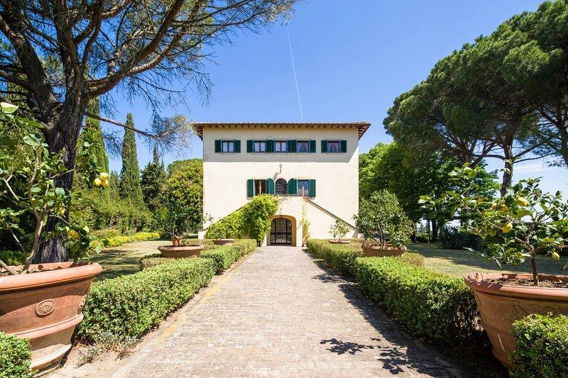 Montecatini Villa Sleeps 20 with Pool and WiFi - 5311744, holiday rental in Ponteginori