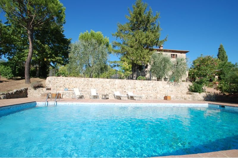 Montepescini Farmhouse Sleeps 4 with Pool and Air Con - 5711284, location de vacances à Murlo