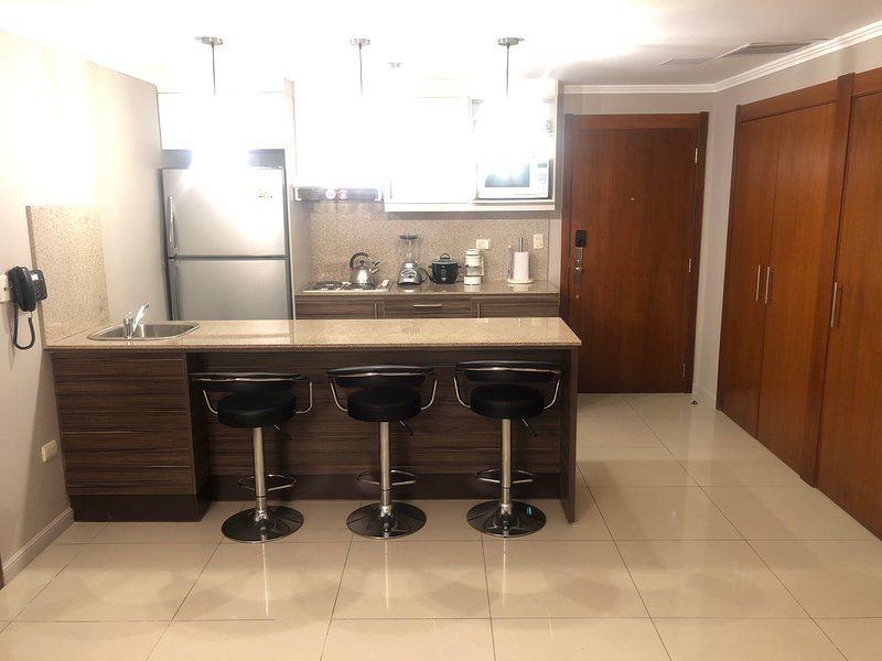 Pacific Pearl Apartment, holiday rental in Guayaquil
