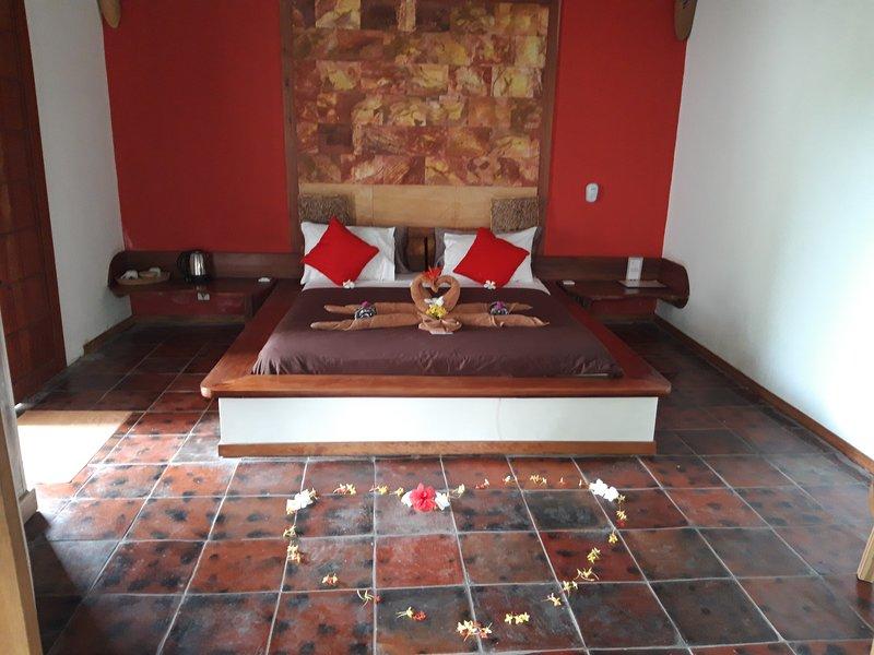 SUPERIOR ROOM VIEW SMIMMING POOL, holiday rental in Selong Belanak
