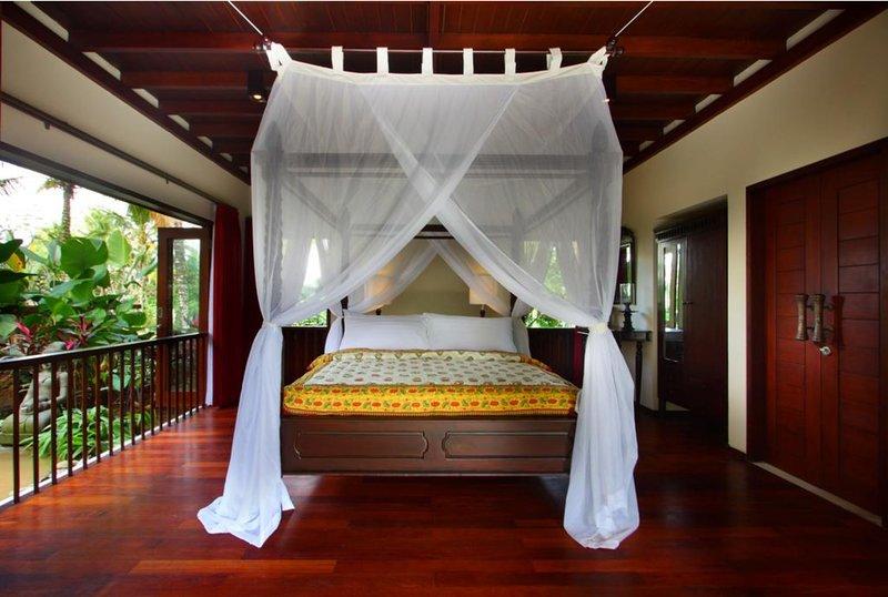 2 BR Luxury Stunning Villa + Breakfast + Open Private Bathroom   (BS21), alquiler vacacional en Melayang