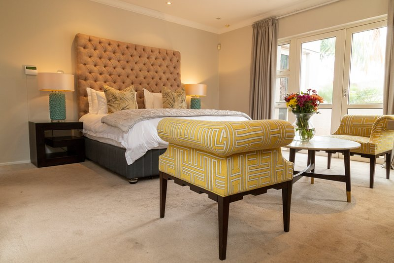 Sandhurst Villa 7 Self Catering, holiday rental in Sandton