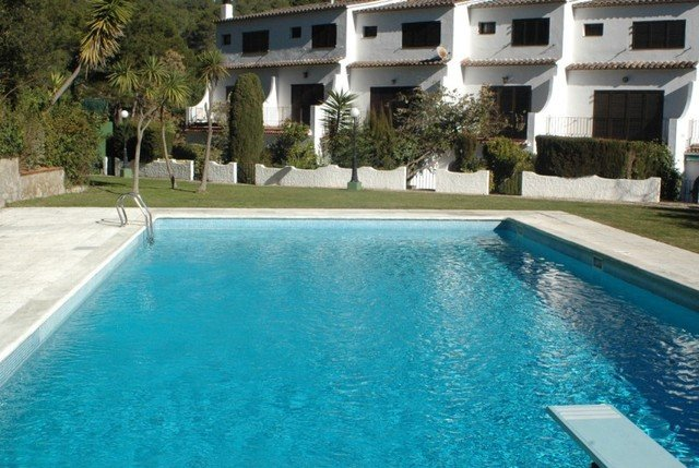 Tamariu Villa Sleeps 8 with Pool and Free WiFi - 5509051, Ferienwohnung in Tamariu