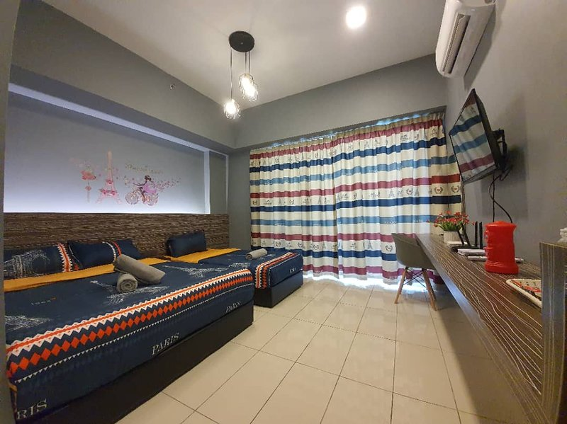 Aeropod K.K. Sabah - PARIS Themed The City of Love, holiday rental in Papar