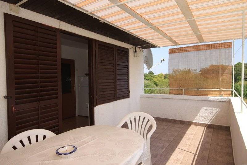 Susica Apartment Sleeps 4 with Air Con - 5468147, vacation rental in Susica