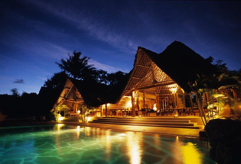 THE GARDEN VILLA. THE HOME ESCAPE.All inclusive.Fine Dining.Butler.Massage.Pool., vacation rental in Galu Beach