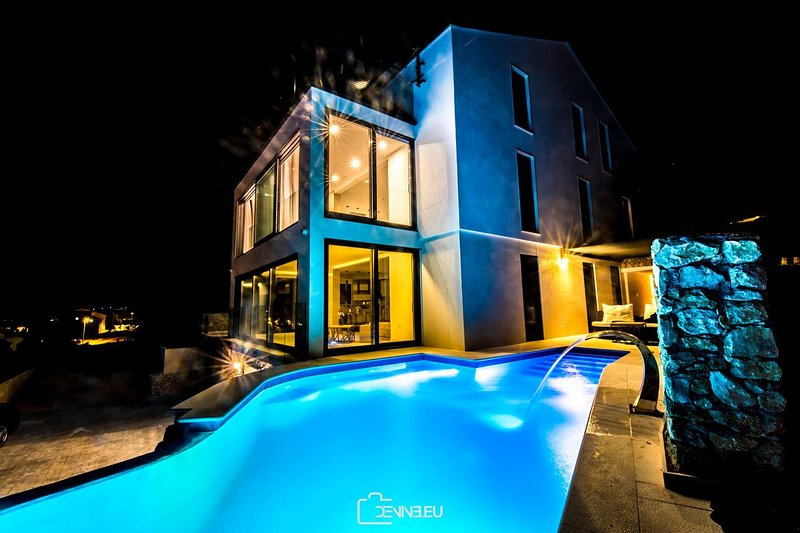 Vidalici Apartment Sleeps 6 with Pool and Air Con - 5749066, vacation rental in Vidalici