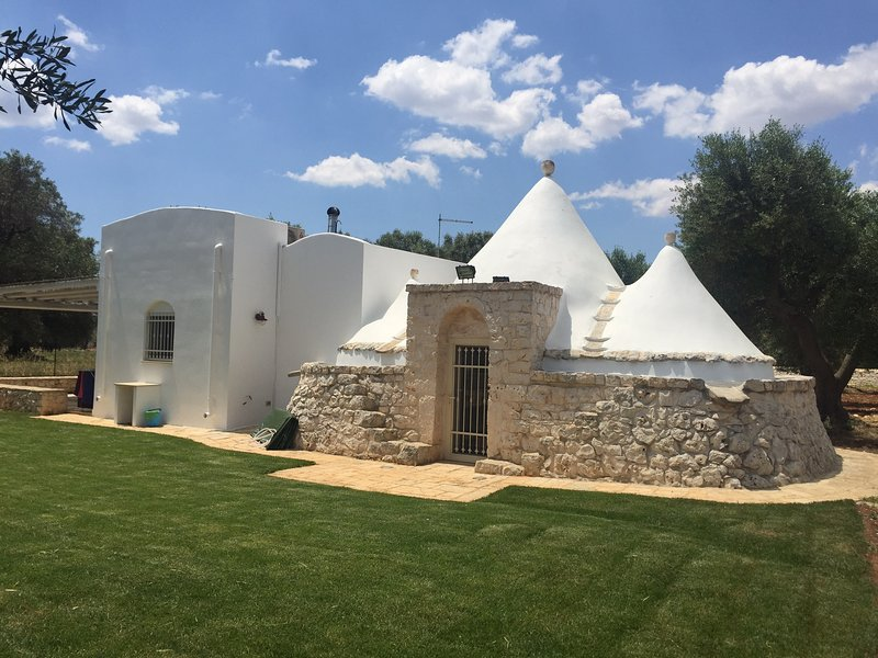 Trullo Michele, holiday rental in San Vito dei Normanni