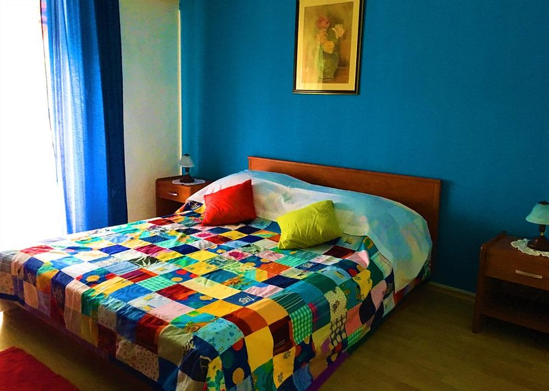 Necujam Apartment Sleeps 4 with Air Con - 5463974, location de vacances à Rogac