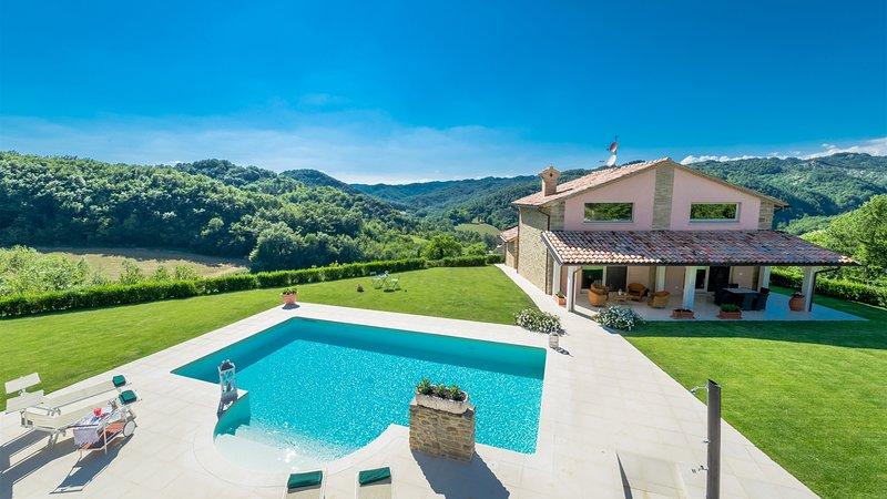 CHIPIERI 4+2, Emma Villas Exclusive, holiday rental in Sant'Angelo in Vado