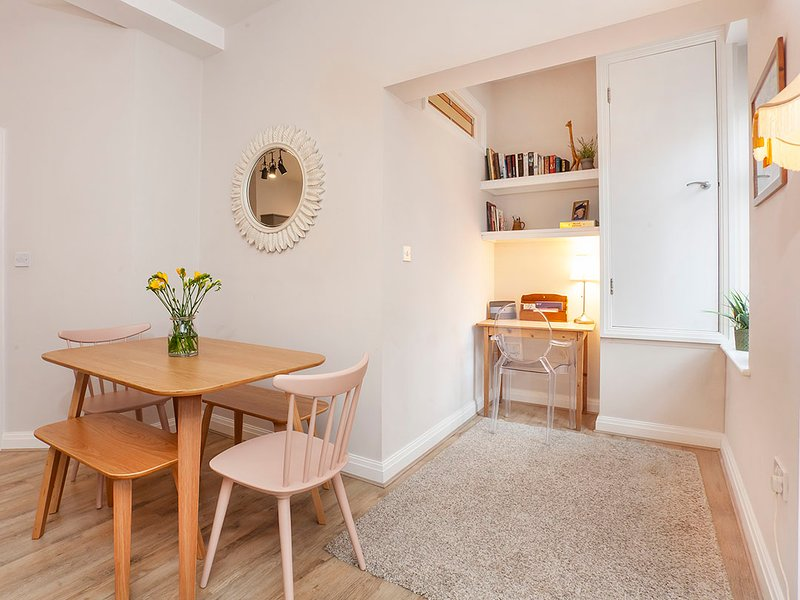 Bedford Mews Apartments, holiday rental in Nether Poppleton
