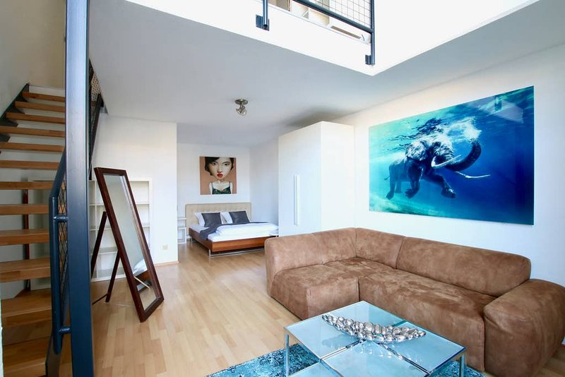 App. near the Neumarkt Ehr-2611, holiday rental in Cologne