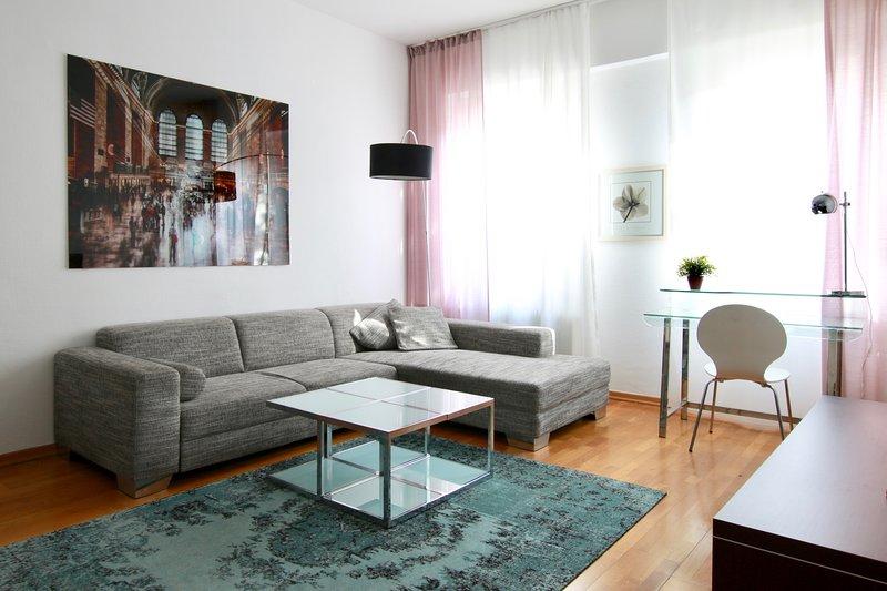 Hoz-5610 · Ruhige Wohnung direkt am Friesenplatz, holiday rental in Cologne