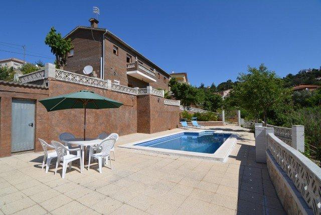 Santa Ceclina Villa Sleeps 13 with Pool - 5509558, holiday rental in Cartella