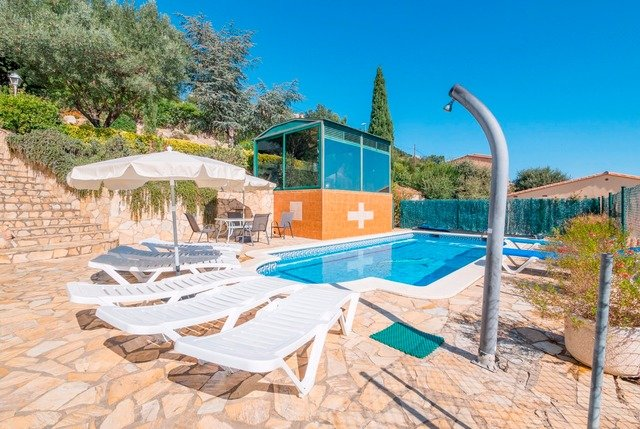 Calonge Villa Sleeps 12 with Pool and Free WiFi - 5509198, vacation rental in Calonge