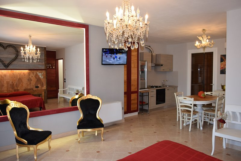 Beautiful house with garden & Wifi, vacation rental in Casoni