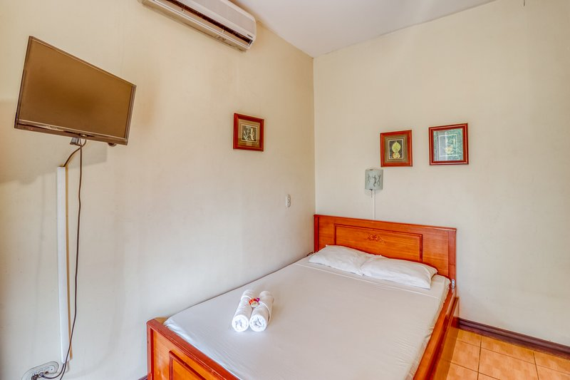 Comfortable room w/great location, A/C, and shared outdoor pool!, vacation rental in Brasilito
