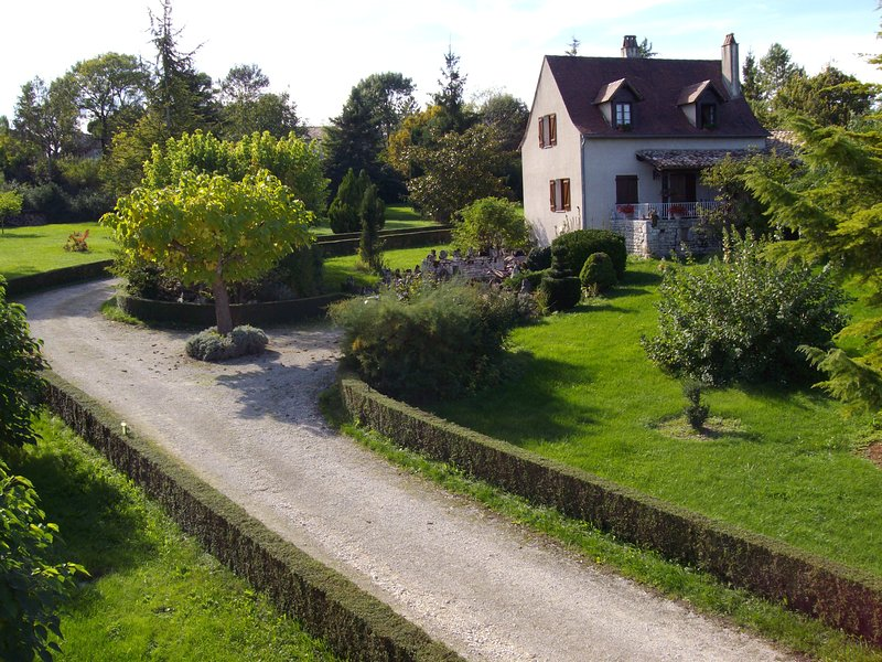 maison piscine15x7,  Montcuq, holiday rental in Montcuq en Quercy Blanc
