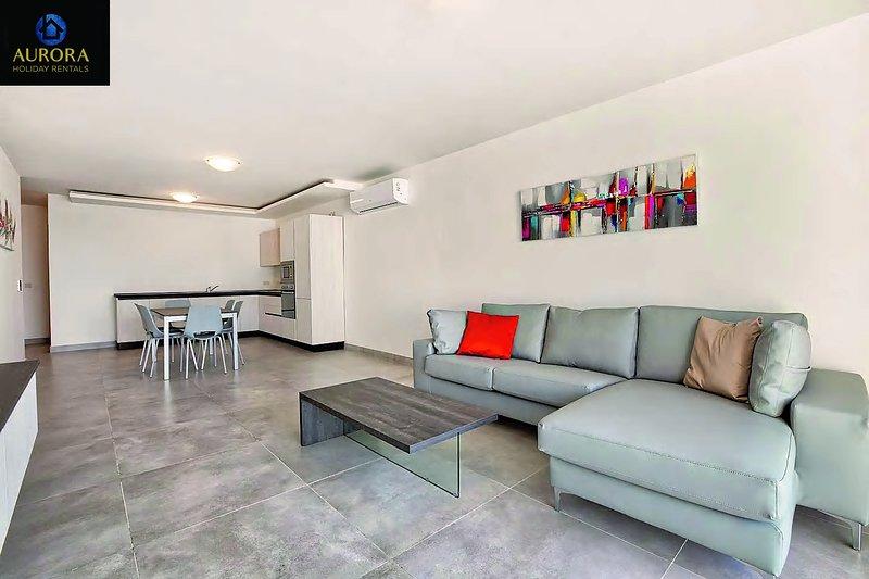 Aurora Apt. 15 - Great Location with High Quality, vacation rental in San Gwann