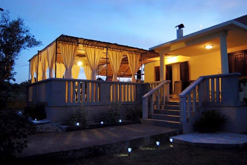Kuća za odmor Dido Ive, alquiler vacacional en Ugljan Island