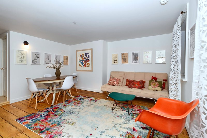Charming 2 BR on Chelsea, holiday rental in Hoboken