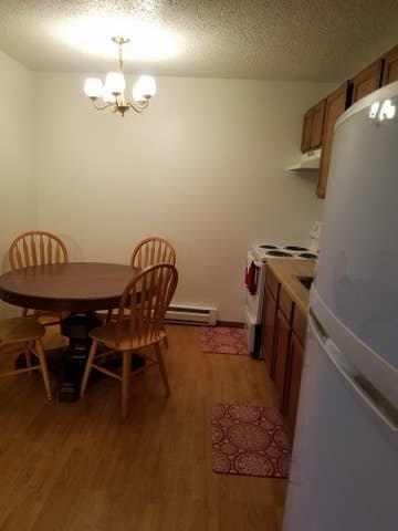 1 bed, 1 bath ground level apartment in Hazen, ND!, vacation rental in North Dakota