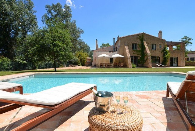 San Sadurni Villa Sleeps 16 with Pool and Free WiFi - 5509372 – semesterbostad i Sant Sadurni de l'Heura