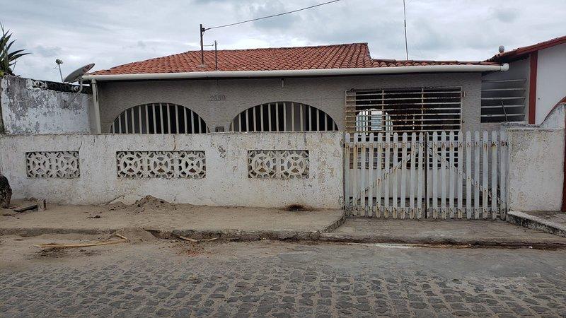casa mar e sol, location de vacances à Baia da Traicao