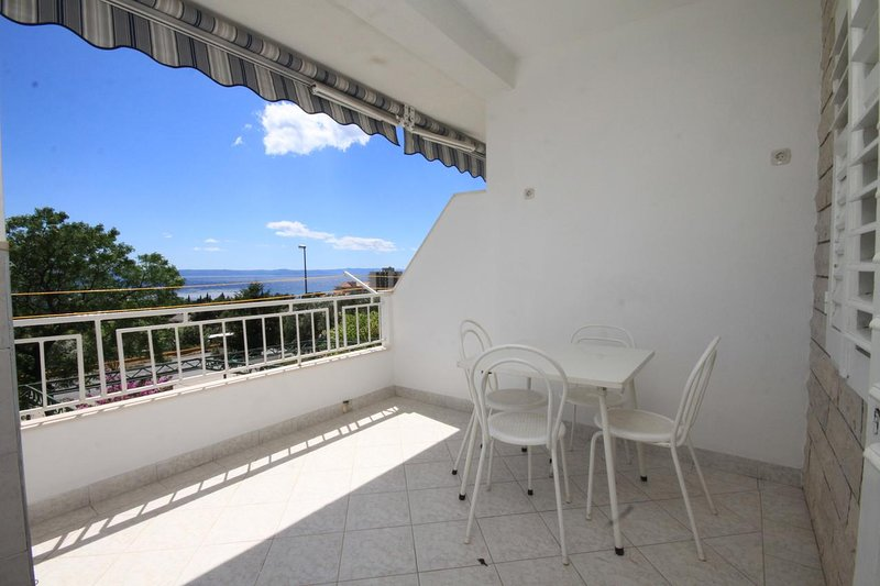 Tucepi Apartment Sleeps 3 with Air Con - 5466691, location de vacances à Marasi