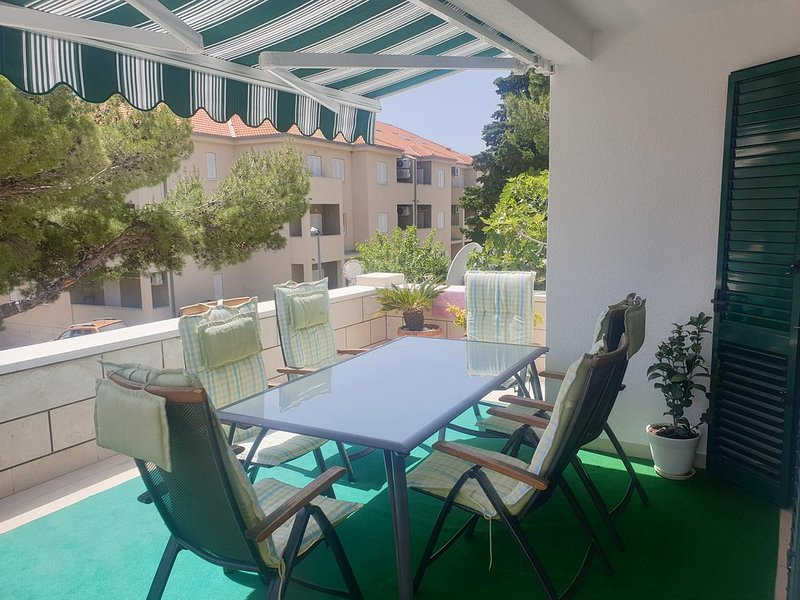 Bol Apartment Sleeps 5 with Air Con - 5491013, vacation rental in Bol