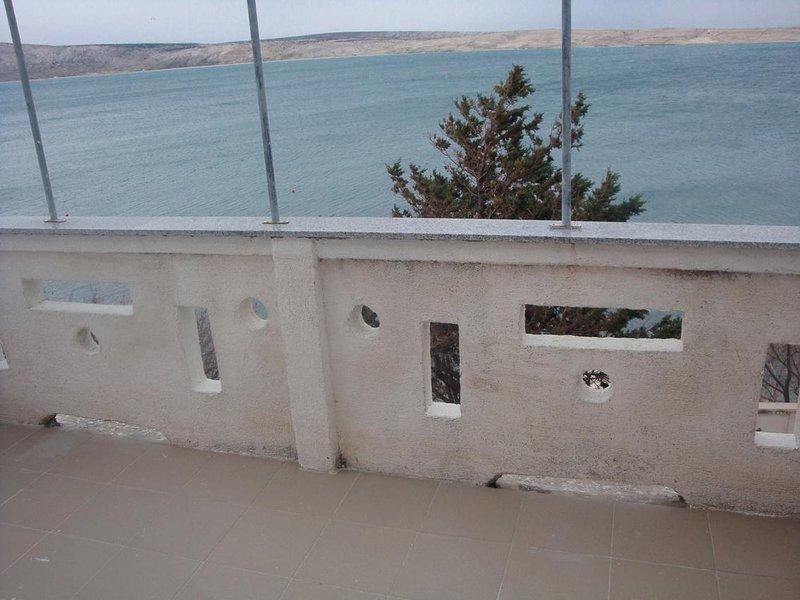 Caska Apartment Sleeps 5 with Air Con - 5466143, vacation rental in Vidalici