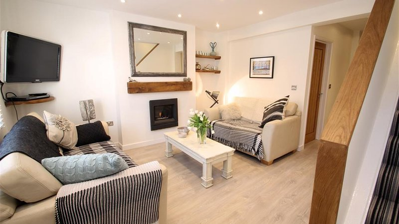 Castle Street, vacation rental in Swansea