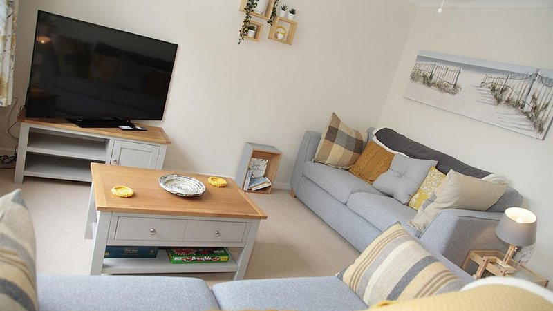 Honeycomb Cottage, holiday rental in Mumbles