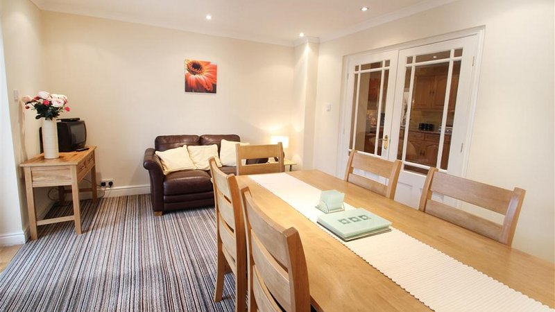 Newton Road, holiday rental in Mumbles