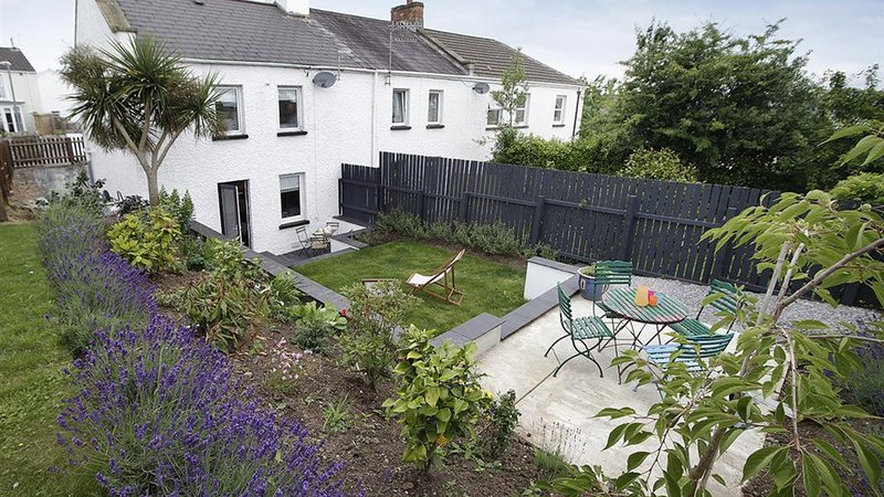 Old Coastguard Cottage, holiday rental in Mumbles