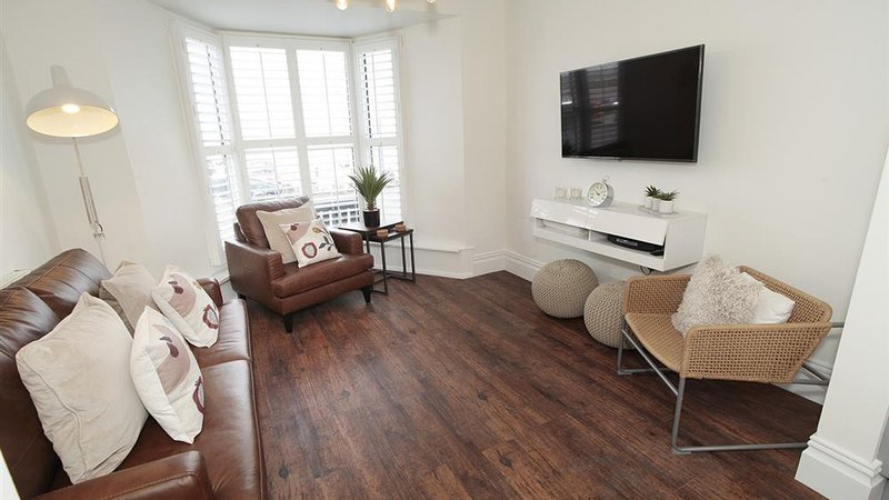 The Retreat, holiday rental in Mumbles
