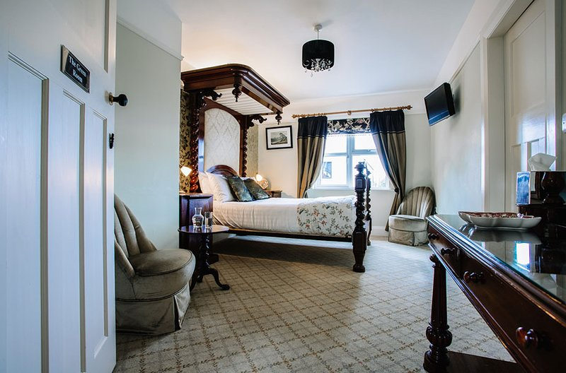 Lisnacurran Country House B&B ( The Green Room ), vacation rental in Banbridge