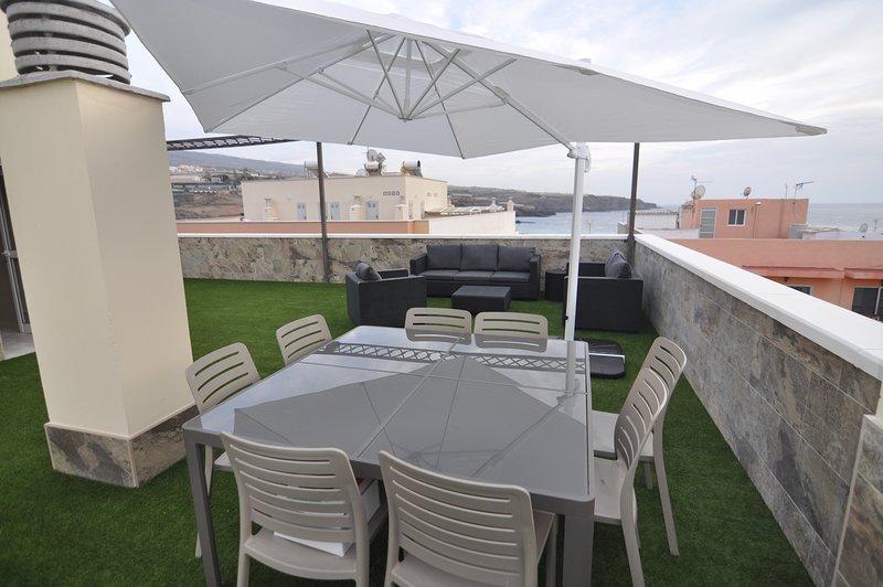Apartment-penthouse in Playa San Juan, alquiler vacacional en Playa San Juan