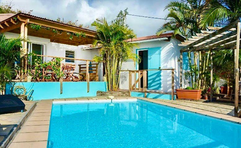 Saint Leu, villa vue mer, piscine, proche lagon et commodités, casa vacanza a Saint-Leu