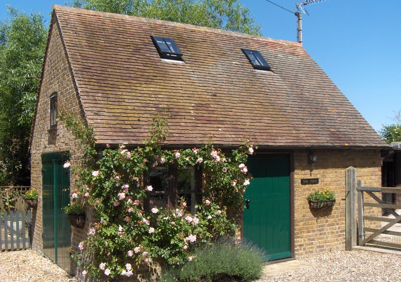 Dove Cottage, vacation rental in Stourmouth