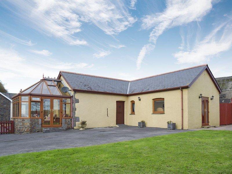 Barns End Cottage, holiday rental in Lampeter Velfrey