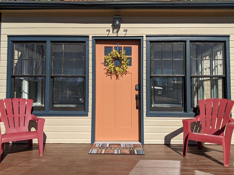 ❤️Atchee III: Cozy downtown cottage, backyard sanctuary, Free Wifi & Pets Welcom, location de vacances à Fruita