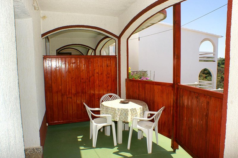 Stanisce Apartment Sleeps 3 with Air Con - 5462221, vacation rental in Potocnica