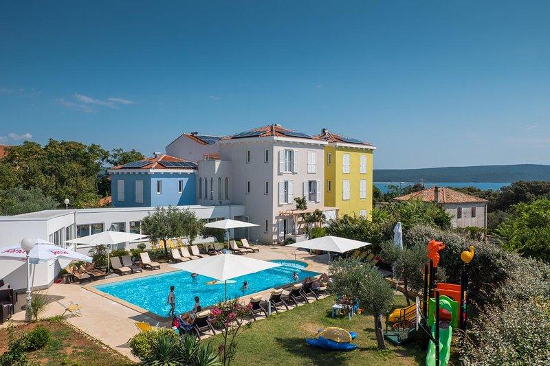 Room Nerezine, Lošinj (S-18033-a), vacation rental in Nerezine