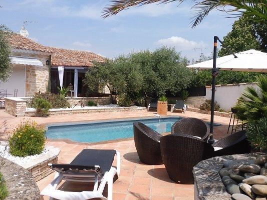 Le Puy-Sainte-Reparade Villa Sleeps 8 with Pool and WiFi - 5822345, holiday rental in Le Puy-Sainte-Reparade