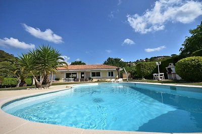 Auribeau-sur-Siagne Villa Sleeps 6 with Pool and WiFi - 5822330, holiday rental in Auribeau-sur-Siagne